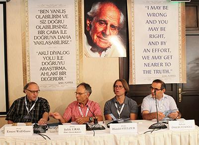 Prof. Dr. Ömerustaoğlu, Uluslararası Karl Popper ve Değişim İlmi Toplantısı'na katıldı