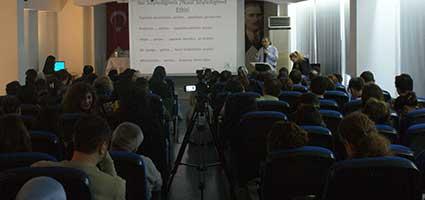 """Tarhan'dan Rehber Öğretmenlere """"Sosyal Medya Bağımlılığı"""" konferansı 2"""