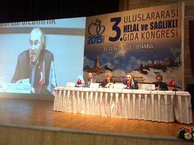 Prof. Dr. Nevzat Tarhan Helal ve Sağlıklı Gıda Kongresi'ne katıldı