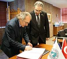 Üsküdar ve California State Üniversitesi işbirliği protokolü imzalandı 2