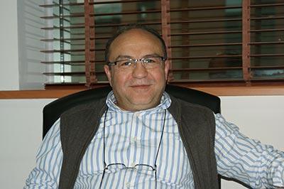 Prof. Dr. Konuk bir kez daha Swansea Üniversitesi Mütevelli Heyetine seçildi