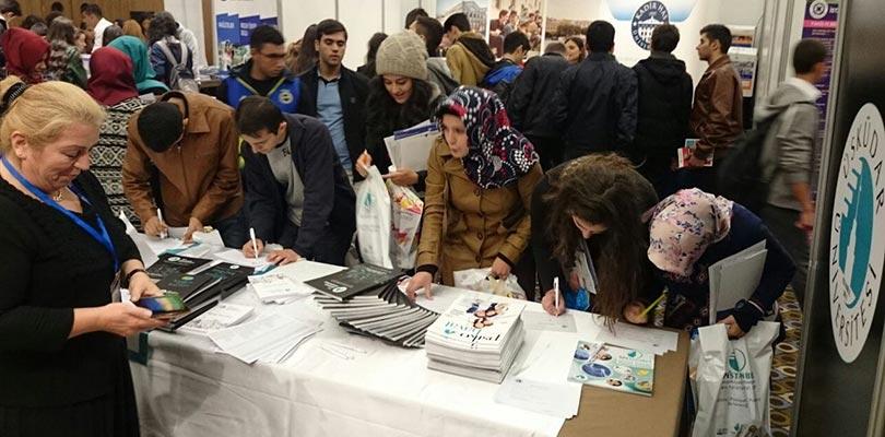 Üsküdar Üniversitesi, Diyarbakır'da üniversite adaylarıyla buluşuyor