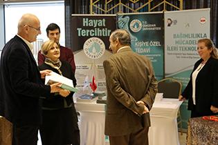 Üsküdar Üniversitesi, İstanbul Farmakogenetik Zirvesine katıldı. 3