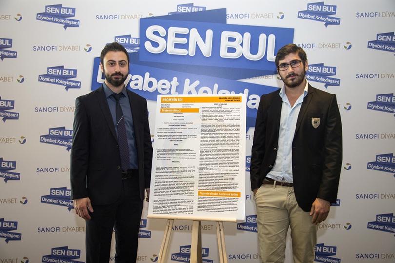 """Üsküdar Üniversitesi öğrencisi """"diyabet"""" projesiyle birinci oldu."""