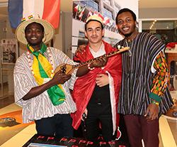 Yabancı uyruklu öğrenciler hem eğlendi hem kültürlerini tanıttı 3