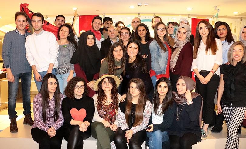 Yabancı uyruklu öğrenciler hem eğlendi hem kültürlerini tanıttı