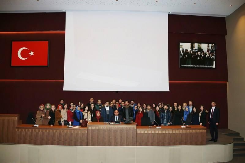 Üsküdar Üniversitesi Öğrencileri Ümraniye Belediyesi'nin çalışmalarını yerinde gördü