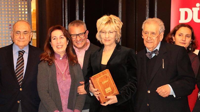 Prof. Dr. Sevil Atasoy 'Polisiye Kitabı Emek Ödülü' nü Aldı