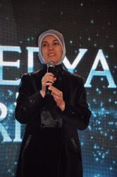 """Doç.Dr. Merve Kavakçı'ya """"Yılın Köşe Yazarı Ödülü"""""""