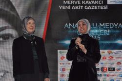 """Doç.Dr. Merve Kavakçı'ya """"Yılın Köşe Yazarı Ödülü"""" 2"""