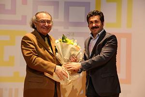 Başakşehirlilerden Prof. Dr. Nevzat Tarhan'a yoğun ilgi… 2