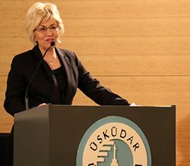 """Üsküdar Üniversitesi'nde """"Kadın ve dayanışmanın gücü"""" konuşuldu 2"""