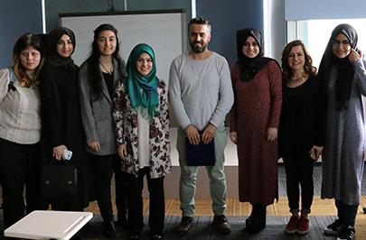 Ünlü senarist Suat Köçer, Üsküdar Üniversitesi öğrencileriyle buluştu 3