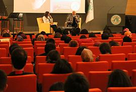 Sanatçı Özdemir Erdoğan, Üsküdar Üniversitesi'nde 2