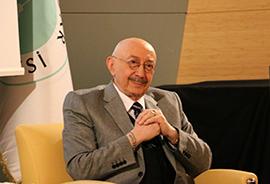 Sanatçı Özdemir Erdoğan, Üsküdar Üniversitesi'nde