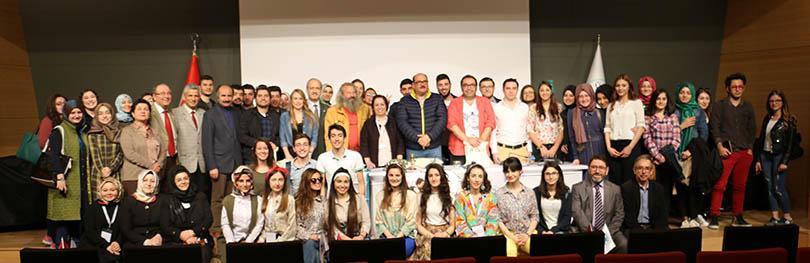 """""""Seksenler"""" ekibi Üsküdar Üniversitesi'nde"""