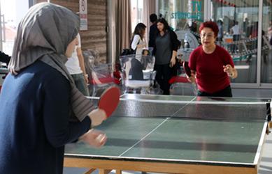 Üsküdar Üniversitesi'nde masa tenisi final heyecanı! 3