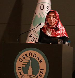 Psikoterapist olmanın püf noktaları Üsküdar Üniversitesi'nde konuşuldu.