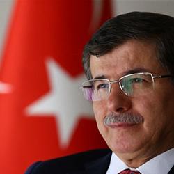 Başbakan Davutoğlu DBFF'de dereceye giren öğrencileri kutladı