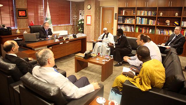 Senegal Ahmet Bamba Üniversitesi Üsküdar Üniversitesi'ne işbirliği ziyaretinde bulundu