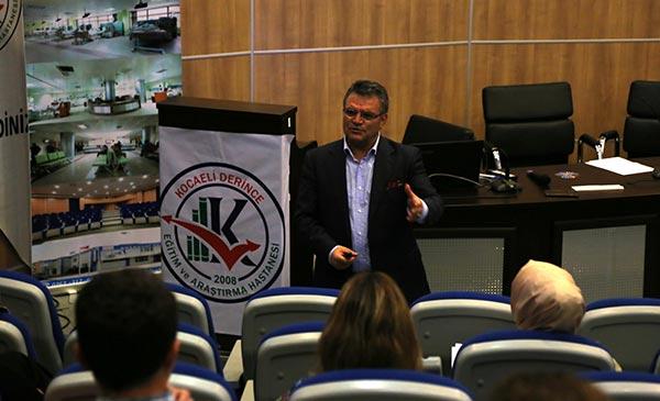 Üsküdar Üniversitesi Kocaeli'ndeki sağlık personeline etkili iletişim eğitimi verdi